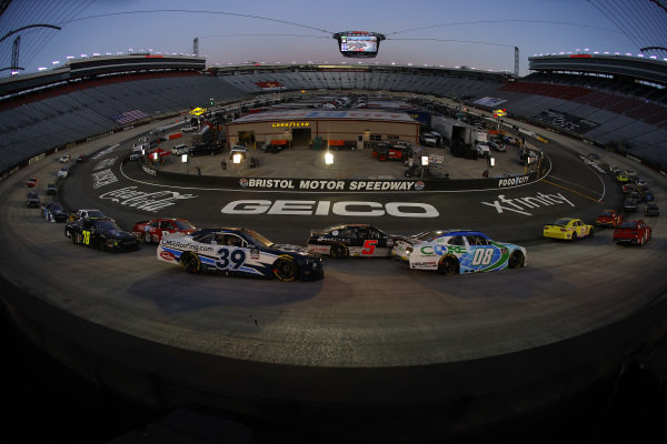 Race action, Copyright: Kevin C. Cox/Getty Images.