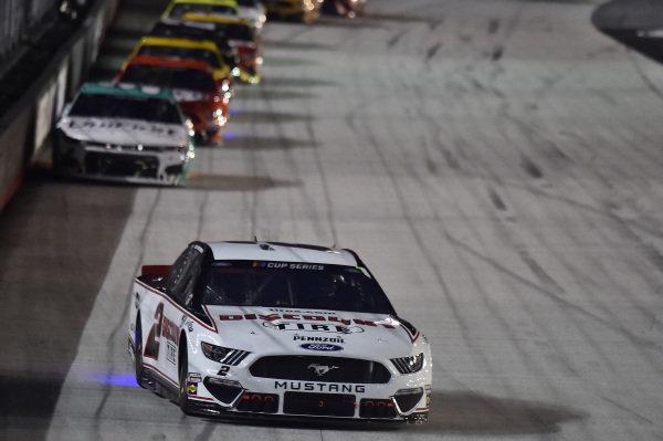 #2: Brad Keselowski, Team Penske, Ford Mustang Discount Tire, #9: Chase Elliott, Hendrick Motorsports, Chevrolet Camaro UniFirst