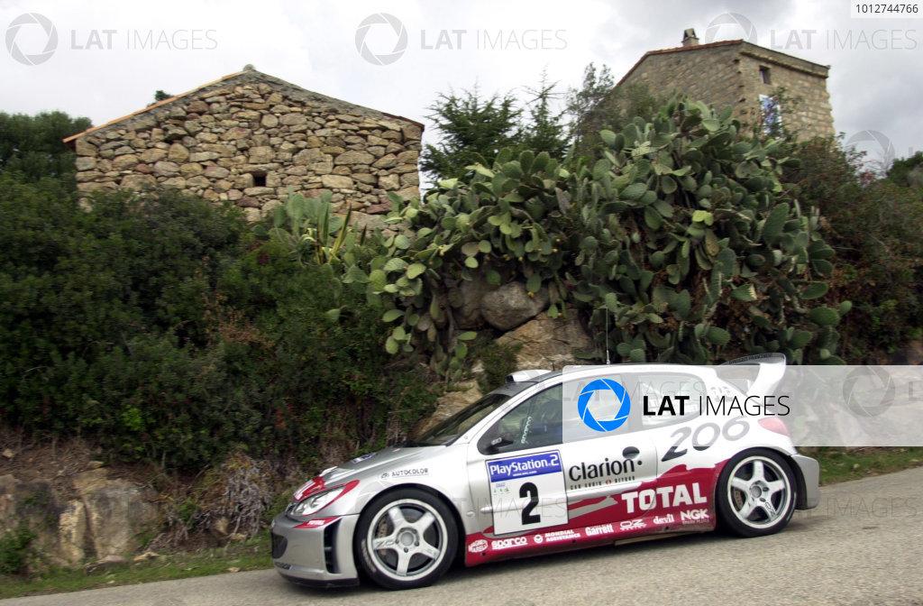 2001 World Rally Championship.Rallye de France, Ajaccio, Corsica, October 19-21.Didier Auriol on stage 15.Photo: Ralph Hardwick/LAT