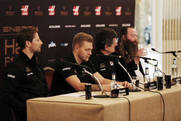Romain Grosjean, Haas F1 Team, Kevin Magnussen, Haas F1 Team, Guenther Steiner, Team Principal, Haas F1, William Storey, CEO Rich Energy in the Press Conference