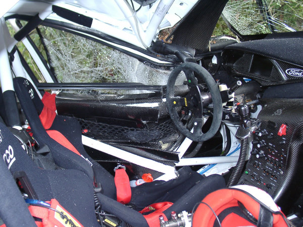 2002 World Rally ChampionshipInmarsat Corsica Rally, 8th-10th March 2002.The brocken roll cage of Colin McRae's Ford Focus WRC.Photo: Early/LATref: 9mb Digital Image Only