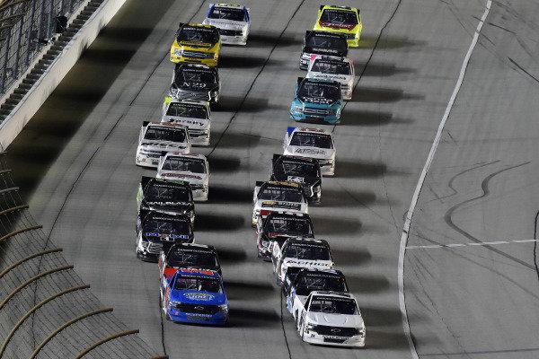 #24: Brett Moffitt, GMS Racing, Chevrolet Silverado Central Plains Cement Company and #52: Stewart Friesen, Halmar Friesen Racing, Chevrolet Silverado Halmar International