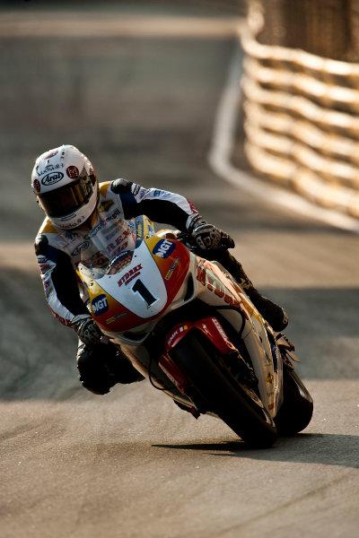 19th - 22nd November 2009. Circuit de Guia, Macau. Stuart Easton, (Hydrex IGT Honda). Action. World Copyright: Drew Gibson/LAT Photographic.ref: Digital Image VY9E0576