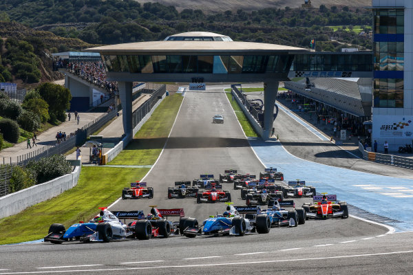 JEREZ (ESP) 28-30 oct 2016, Spanish F4, Euro Formula Open and Formula V8 3.5 2016 at circuito de Jerez. Start photo race 1. Action. © 2016 Klaas Norg / Dutch Photo Agency / LAT Photographic