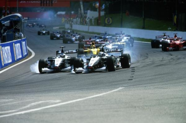Start, Coulthard, right and Hakkinen attempt to outbrake each other