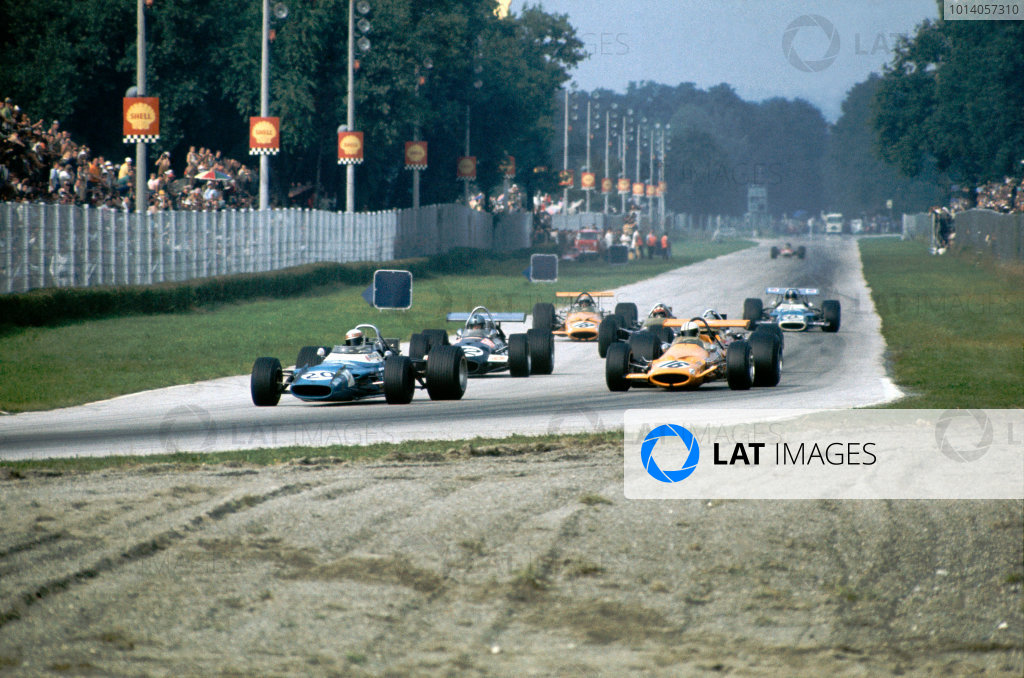 1969 Italian Grand Prix.  Monza, Italy. 5-7th September 1969.  Jackie Stewart, Matra MS80 Ford, leads Denny Hulme, McLaren M7A Ford, and Piers Courage, Brabham BT26A Ford.  Ref: 69ITA03. World Copyright: LAT Photographic