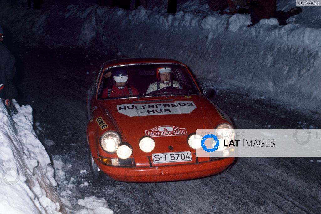 Monte Carlo, Monaco. 16th - 24th January 1970. Bjorn Waldegaard / Lars HelmeŽr (Porsche 911S), 1st position, action. World Copyright: LAT Photographic. Ref: Colour Transparency.