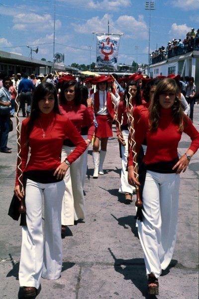Grid girls. Argentinean Grand Prix, Buenos Aires, Argentina, c. 1977.