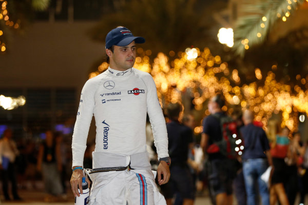 Bahrain International Circuit, Sakhir, Bahrain. Saturday 18 April 2015. Felipe Massa, Williams F1. World Copyright: Glenn Dunbar/LAT Photographic. ref: Digital Image _89P9446