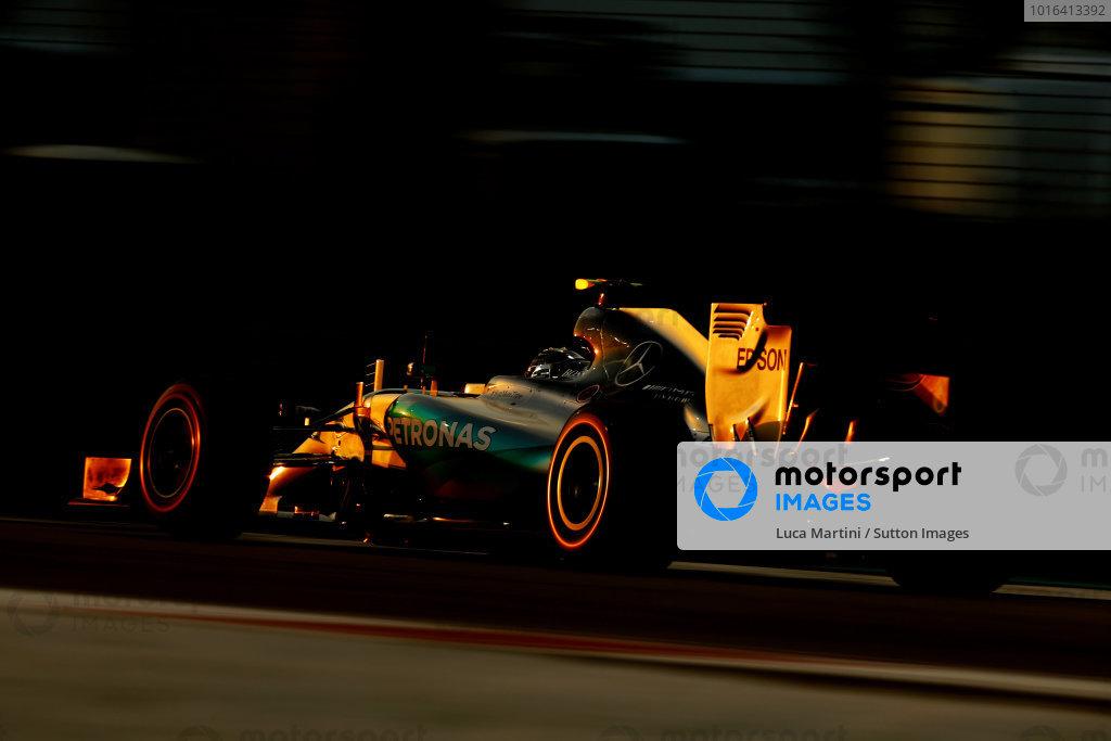 Nico Rosberg (GER) Mercedes AMG F1 W06 at Formula One World Championship, Rd19, Abu Dhabi Grand Prix, Race, Yas Marina Circuit, Abu Dhabi, UAE, Sunday 29 November 2015. BEST IMAGE