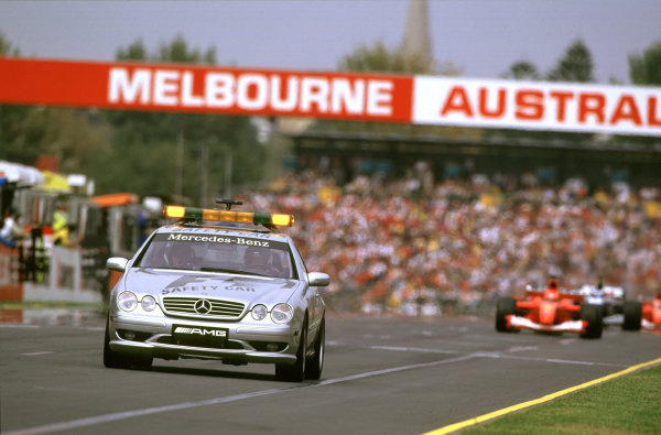 Australian Grand Prix.Albert Park, Melbourne, Australia. 2-4 March 2001.The safety car is deployed after the accident on lap 5.World Copyright - Steven Tee/LAT Photographic ref: 35mm Image Aus A16