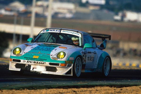 Le Mans, France. 12th - 13th June 1999.Franz Konrad/Charles Slater/Peter Kitchak (Porsche 911 GT2), 18th position, action. World Copyright: LAT Photographic.Ref:  99LM16.