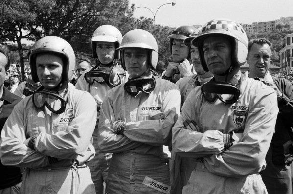 Bruce McLaren, Jim Hall, Trevor Taylor, Dan Gurney, Jo Siffert and Innes Ireland during the drivers' briefing.