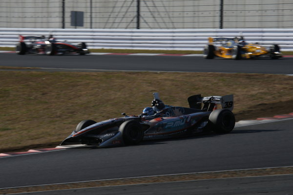 Fuji, Japan. 23rd - 24th November 2013. Rd 7. Fuji Sprint Cup. Winner Yuji Kunimoto ( #39 P.MU/CERUMO·INGING ), action. World Copyright: Yasushi Ishihara/LAT Photographic. Ref: 2013JAF_GP_SF_005