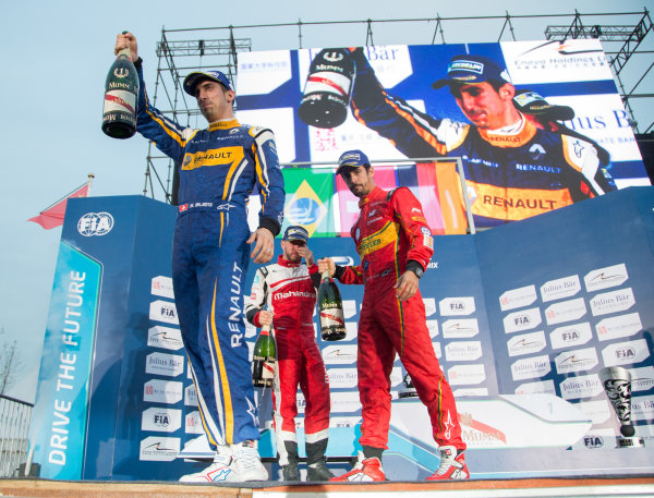 FIA Formula E Championship 2015/16. Beijing ePrix, Beijing, China. Race Sebastien Buemi, RENAULT E.DAMS, Lucas Di Grassi, ABT SCHAEFFLER AUDI SPORT and Nick Heidfeld, MAHINDRA RACING FORMULA E TEAM  on the podium Beijing, China, Asia. Saturday 24 October 2015 Photo:  / LAT / FE ref: Digital Image _L1_4435