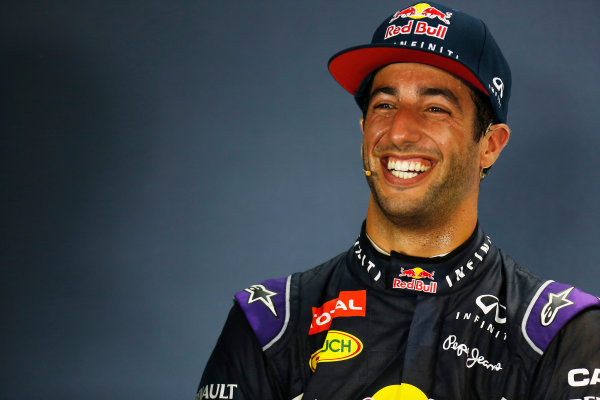 Marina Bay Circuit, Singapore. Saturday 19 September 2015. Daniel Ricciardo, Red Bull Racing, in the post Qualifying Press Conference. World Copyright: Alastair Staley/LAT Photographic. ref: Digital Image _79P2335
