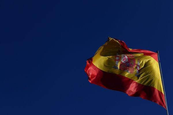 Valencia Street Circuit, Valencia, Spain23rd June 2012.Spanish flag.World Copyright:Andy Hone/LAT Photographicref: Digital Image IMG_1486