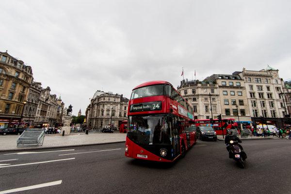 F1 Live London. London, United Kingdom. Tuesday 11 July 2017. Preparations for F1 Live in Trafalgar Square. World Copyright: Zak Mauger/LAT Images ref: Digital Image _56I5281