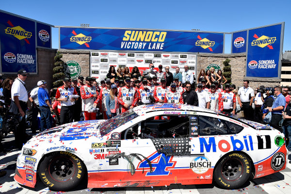 Monster Energy NASCAR Cup Series Toyota/Save Mart 350 Sonoma Raceway, Sonoma, CA USA Sunday 25 June 2017 Kevin Harvick, Stewart-Haas Racing, Mobil 1 Ford Fusion wins Sonoma. World Copyright: Rusty Jarrett LAT Images