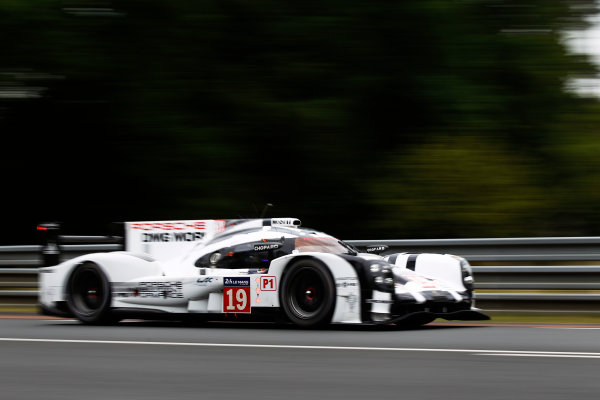 2015 Le Mans 24 Hours. Circuit de la Sarthe, Le Mans, France. Wednesday 10 June 2015. Porsche Team (Porsche 919 Hybrid - LMP1), Nico Hulkenberg, Earl Bamber, Nick Tandy.  Photo: Sam Bloxham/LAT Photographic. ref: Digital Image _G7C5268