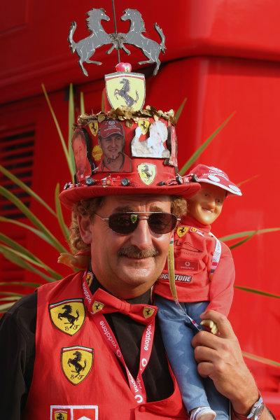 2004 Italian Grand Prix - Sunday Race,Monza, Italy. 12th September 2004 Think this guy's a Ferrari fan?World Copyright: Steve Etherington/LAT Photographic ref: Digital Image Only