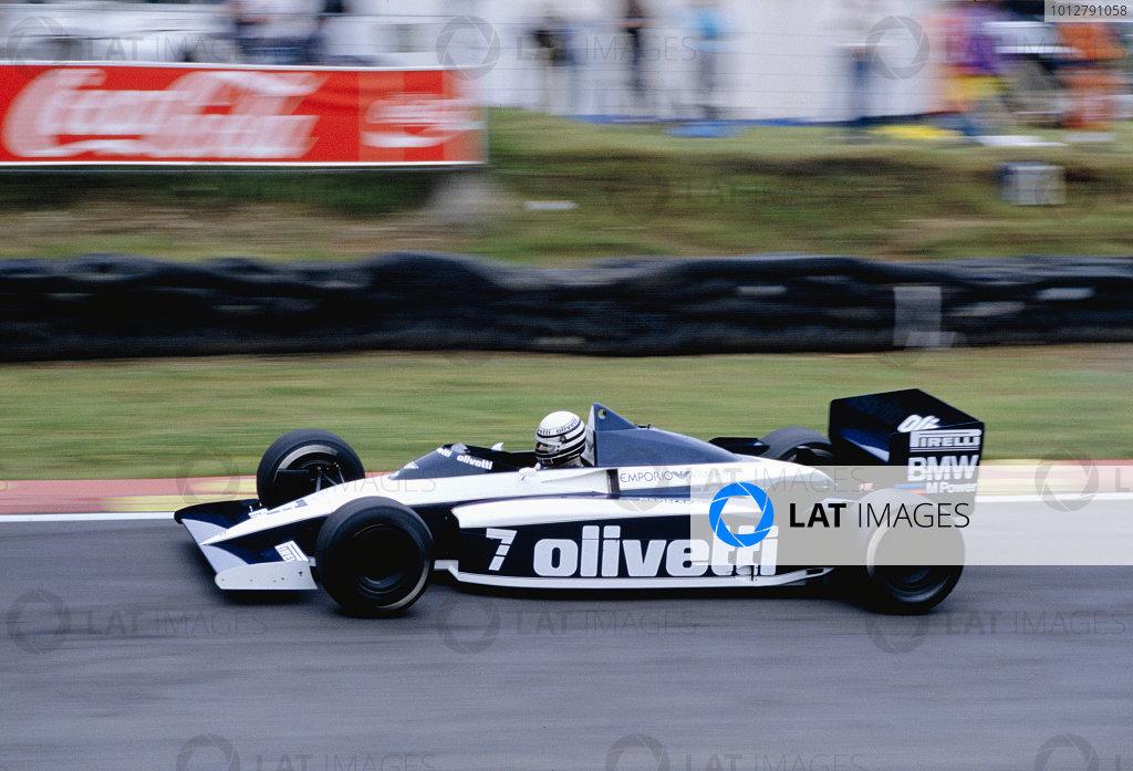 1986 British Grand Prix. Brands Hatch, England. 11-13 July 1986. Riccardo Patrese (Brabham BT54 BMW). Ref-86 GB 67. World Copyright - LAT Photographic