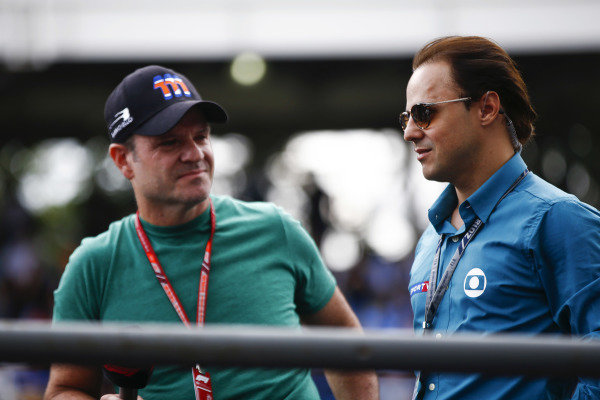 Former F1 drivers Rubens Barrichello and Felipe Massa on the drivers' parade.