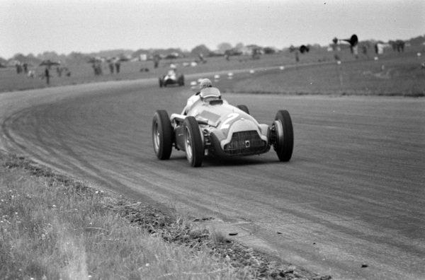 Juan Manuel Fangio, Alfa Romeo 159B.