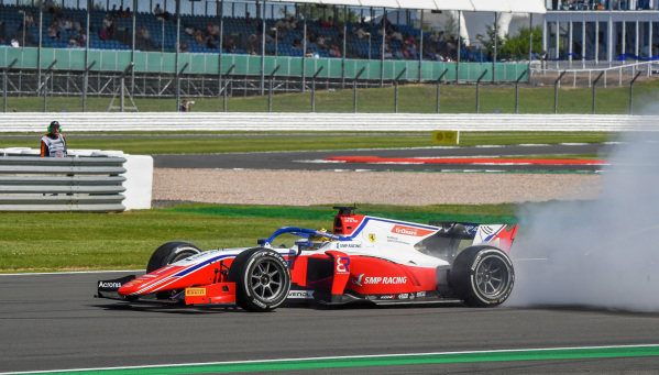 Robert Shwartzman (RUS, Prema Racing), recovers after a spin