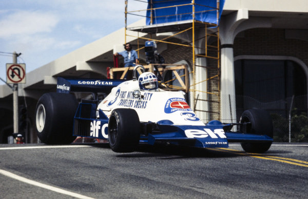 Didier Pironi, Tyrrell 008 Ford.