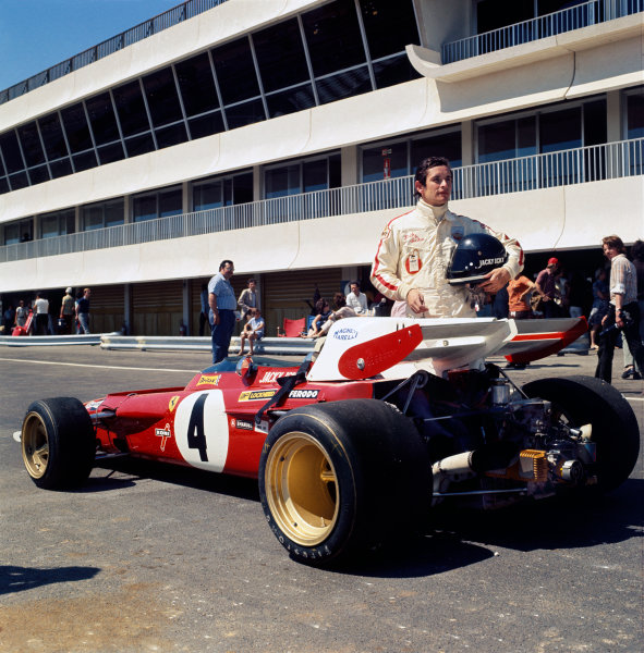 Paul Ricard, Le Castellet, France. 2-4 July 1971.Jacky Ickx (Ferrari 312B2), retired, in the pits, portrait. World Copyright: LAT PhotographicRef: Colour Transparency.