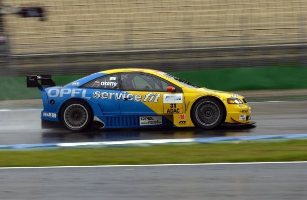 Johnny Cecotto (COL), 2002 champion of the V8STAR championship, will drive one race for the Opel Euroteam.