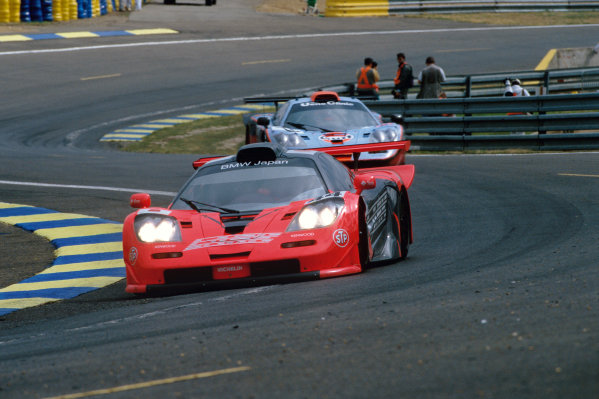 1997 Le Mans 24 Hours. Le Mans, France. 14th - 15th June 1997. Keiichi Tsuchiya/Gary Ayles/Akihiko Nakaya (McLaren F1 GTR), retired, action.  World Copyright: LAT Photographic. Ref:  97LM24