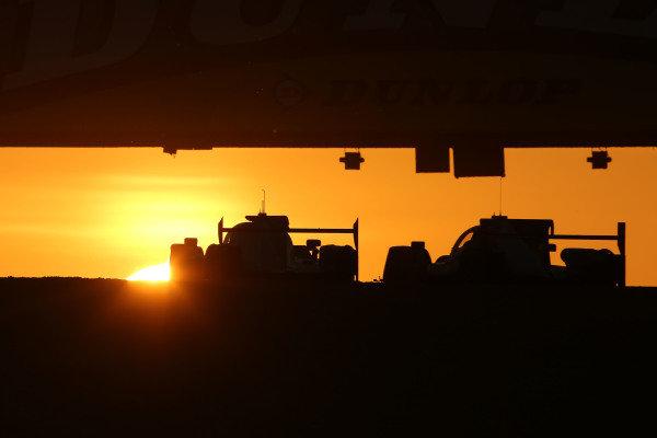 2017 Le Mans 24 Hours Circuit de la Sarthe, Le Mans, France. Sunday 18th  June 2017 Sunrise at Le Mans  World Copyright: JEP/LAT Images