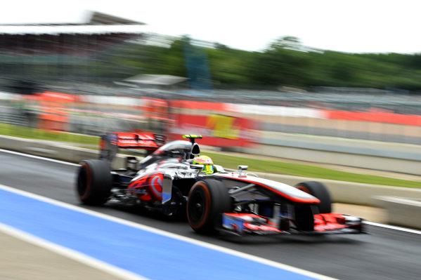 Sergio Perez (MEX) McLaren MP4-28.Formula One World Championship, Rd8, British Grand Prix, Practice, Silverstone, England, Friday 28 June 2013.