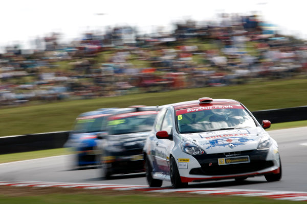 2013 Renault Clio Clup, Snetterton, Norfolk. 2nd - 4th August 2013. Stefan Hodgetts (GBR) KX Racing with Scuderia Vittoria Renault Clio Cup. World Copyright: Ebrey / LAT Photographic.