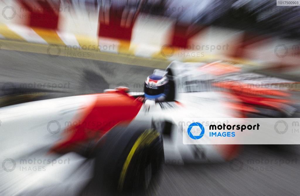 Mika Häkkinen, McLaren MP4-10 Mercedes.