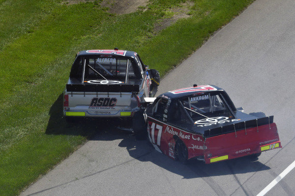 #15: Anthony Alfredo, DGR-Crosley, Toyota Tundra The Precision Difference / Oxford Energy Group / Meccanic / ASDC and #17: Tyler Ankrum, DGR-Crosley, Toyota Tundra May's Hawaii