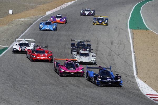#10: Konica Minolta Acura ARX-05 Acura DPi, DPi: Ricky Taylor, Filipe Albuquerque ,#60: Meyer Shank Racing w/Curb-Agajanian Acura DPi, DPi: Olivier Pla, Dane Cameron