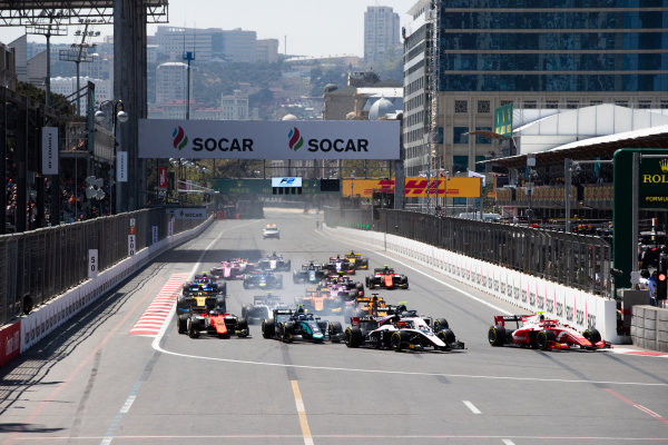 Start of the F2 sprint race