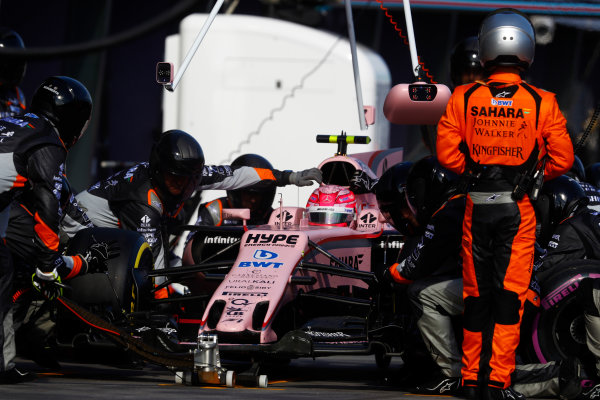 Albert Park, Melbourne, Australia. Sunday 26 March 2017. Esteban Ocon, Force India VJM10 Mercedes, makes a pit stop. World Copyright: Steven Tee/LAT Images ref: Digital Image _O3I3006