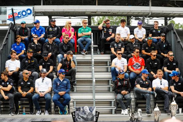 Verizon IndyCar Series Indianapolis 500 Drivers Meeting Indianapolis Motor Speedway, Indianapolis, IN USA Saturday 27 May 2017 Fernando Alonso, McLaren-Honda-Andretti Honda, appears at the drivers photo. World Copyright: Steve Tee/LAT Images ref: Digital Image _R3I6699