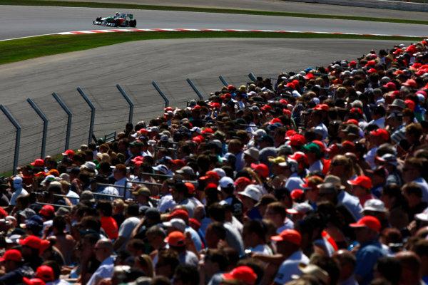 Silverstone, Northamptonshire, England9th July 2010Vitantonio Liuzzi, Force India VJM03 Mercedes. Action. World Copyright: Charles Coates/LAT Photographicref: Digital Image _26Y1239