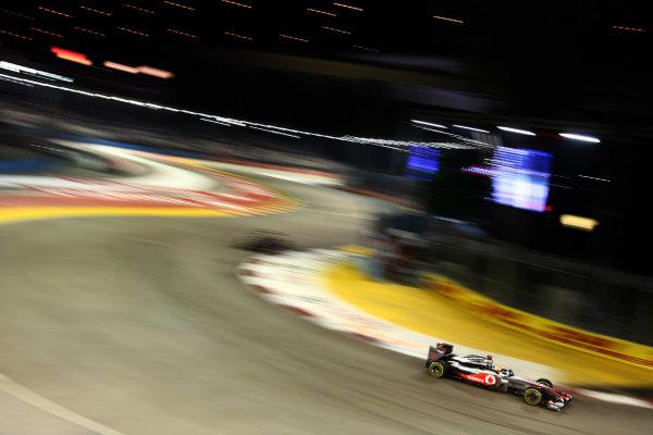 Marina Bay Circuit, Singapore.24th September 2011.Lewis Hamilton, McLaren MP4-26 Mercedes. Action. World Copyright: Andy Hone/LAT Photographicref: Digital Image CSP28372
