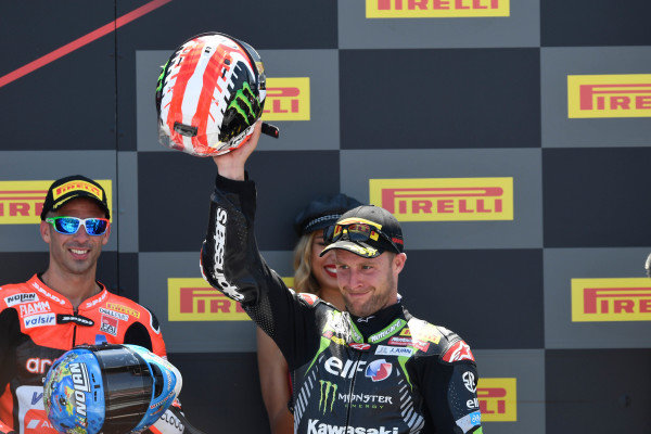 Podium: race winner Jonathan Rea, Kawasaki Racing.