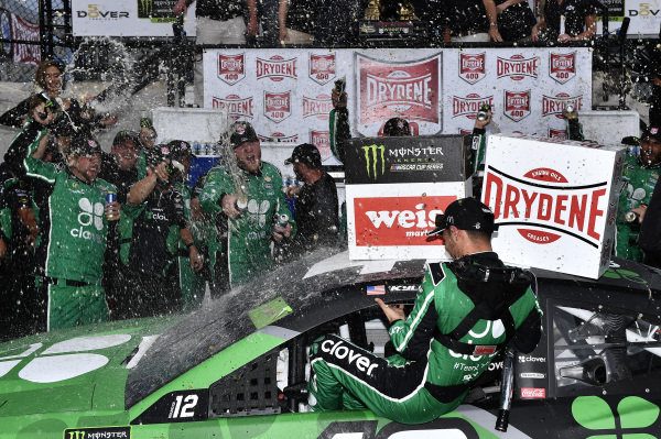 #42: Kyle Larson, Chip Ganassi Racing, Chevrolet Camaro Clover wins
