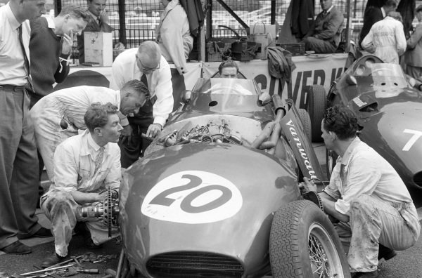 Mechanics work on Tony Brooks' Vanwall.