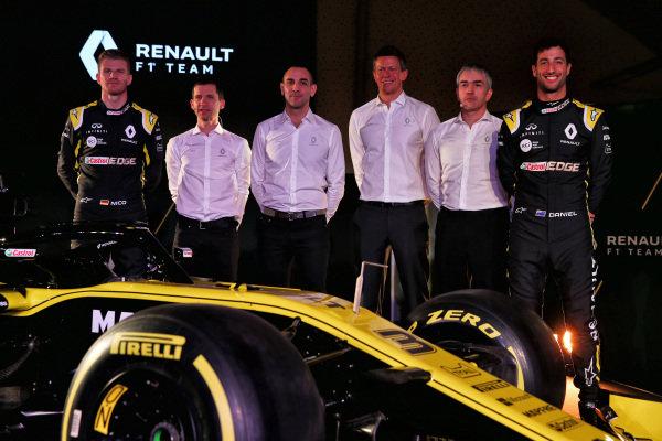 (L to R): Daniel Ricciardo, Renault Sport F1 Team, Remi Taffin, Head of Renault Sport F1 Track Operations, Cyril Abiteboul, Renault Sport F1 Managing Director, Marcin Budkowski, Renault Sport F1 Team Executive Director, Nick Chester, Renault Sport F1 Team Technical Director and Daniel Ricciardo, Renault Sport F1 Team