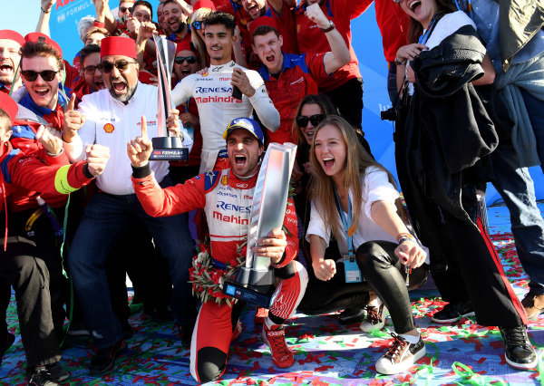 Jérôme d'Ambrosio (BEL), Mahindra Racing, and the Mahindra Racing team celebrate victory