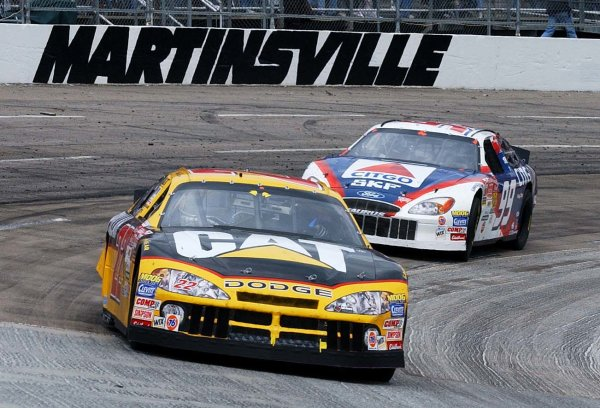 2002 NASCAR,Martinsville Speedway,Virginia,USA,Old Dominion 500, October 18-20, 2002 USA-Ward and Jeff Burton with a commanding lead during mid race,Copyright-Robt LeSieur2002LAT Photographic